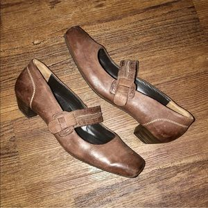 Paul Green Brown Leather Mary Jane Low Heels